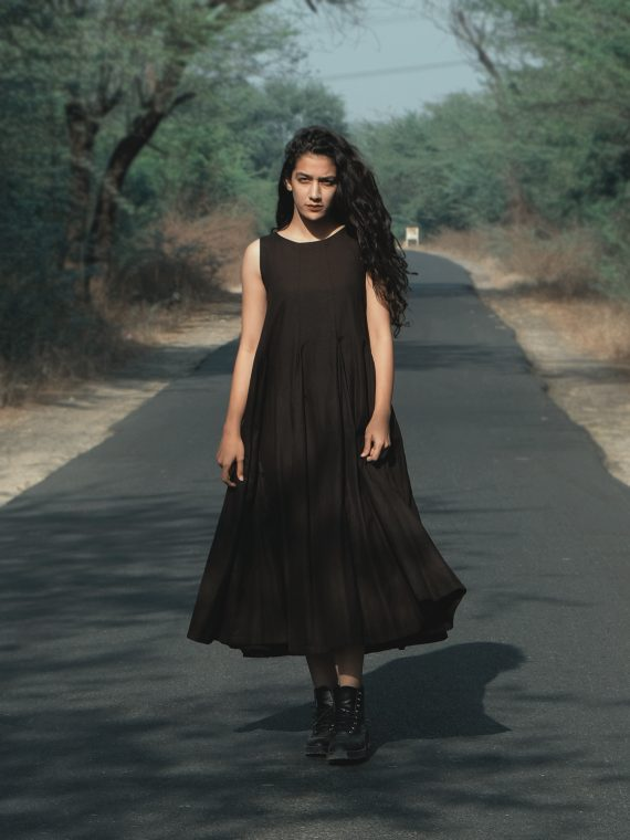 Long Pleated Black Sleeveless Dress By Turn Black - Whirling All Night