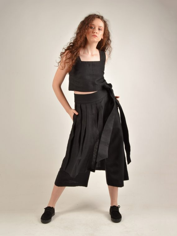 Linen Square Neck Black Crop Top